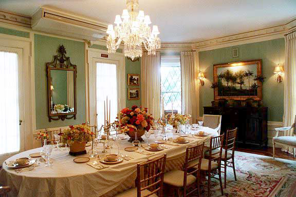 Photo gallery for Period dining room ideas
